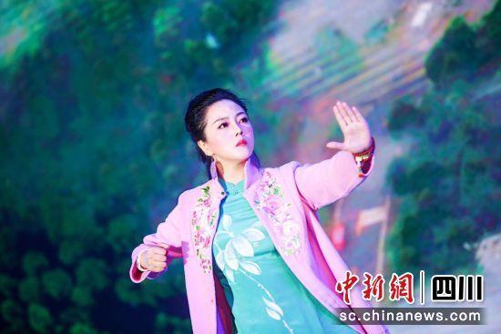中国著名武术家、中华李雅轩太极派系掌门陈骊珠大师。