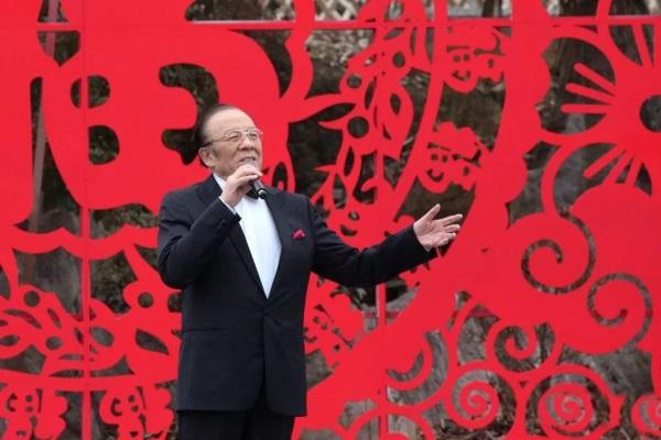 """桑婷婷、桑玉立受邀央视文化扶贫_""""星光璀璨""""耀五峰"""