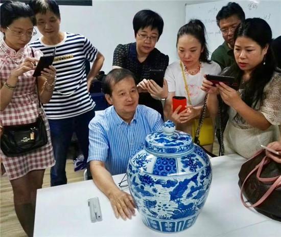 上手:细察中国古陶瓷内心的独白