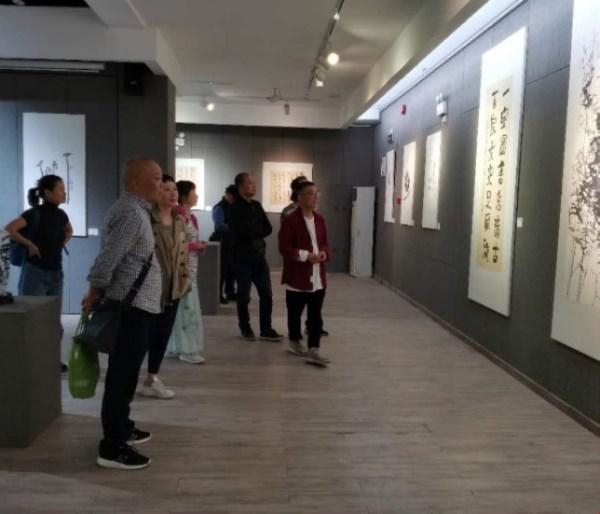 """""""一艺孤行・冯沫书画作品展""""圆满成功"""